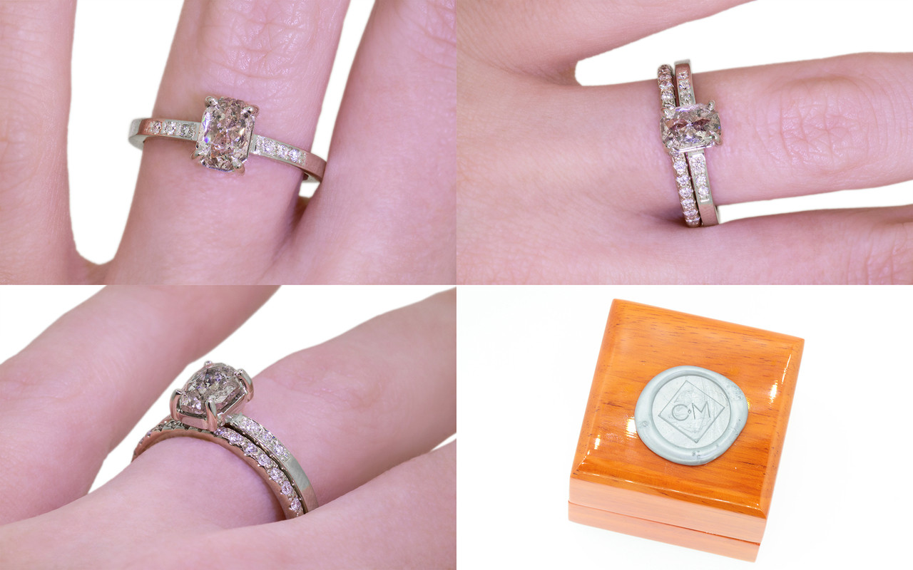 a the small signature pretty diamonds in classic princess clean tacori reflective cut diamond two has product adjoining ring center stone smooth flat sheen band edge with three glam