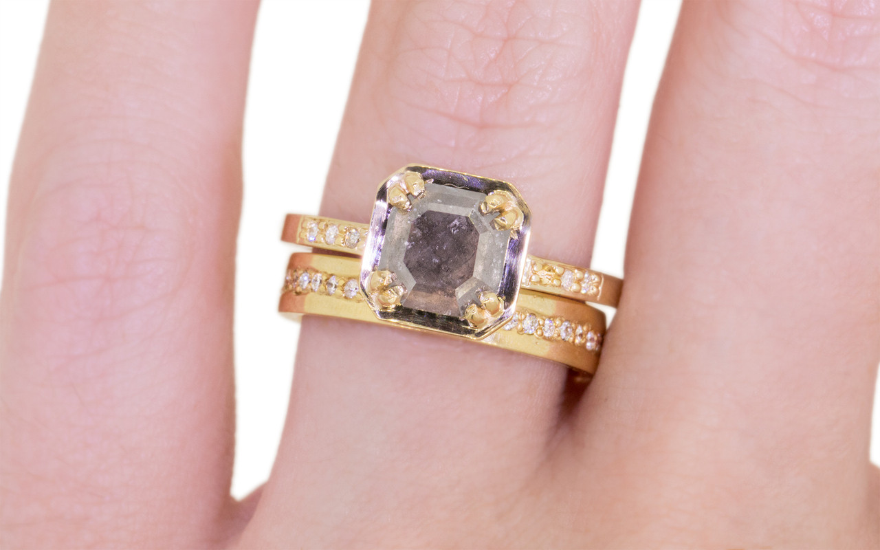 MAROA Ring in Yellow Gold with .97 Carat Gray Diamond - CHINCHAR•MALONEY