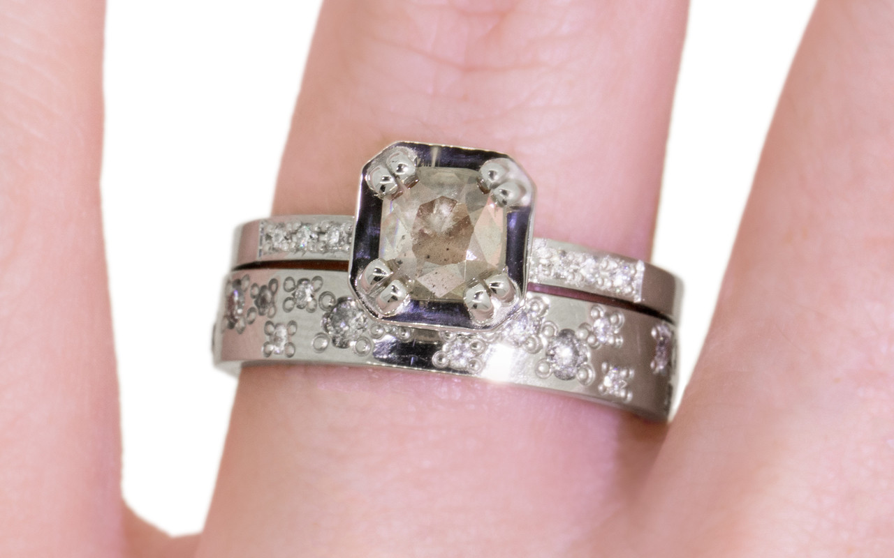 MAROA Ring in White Gold with .50 Carat Light Gray/Champagne Diamond ...