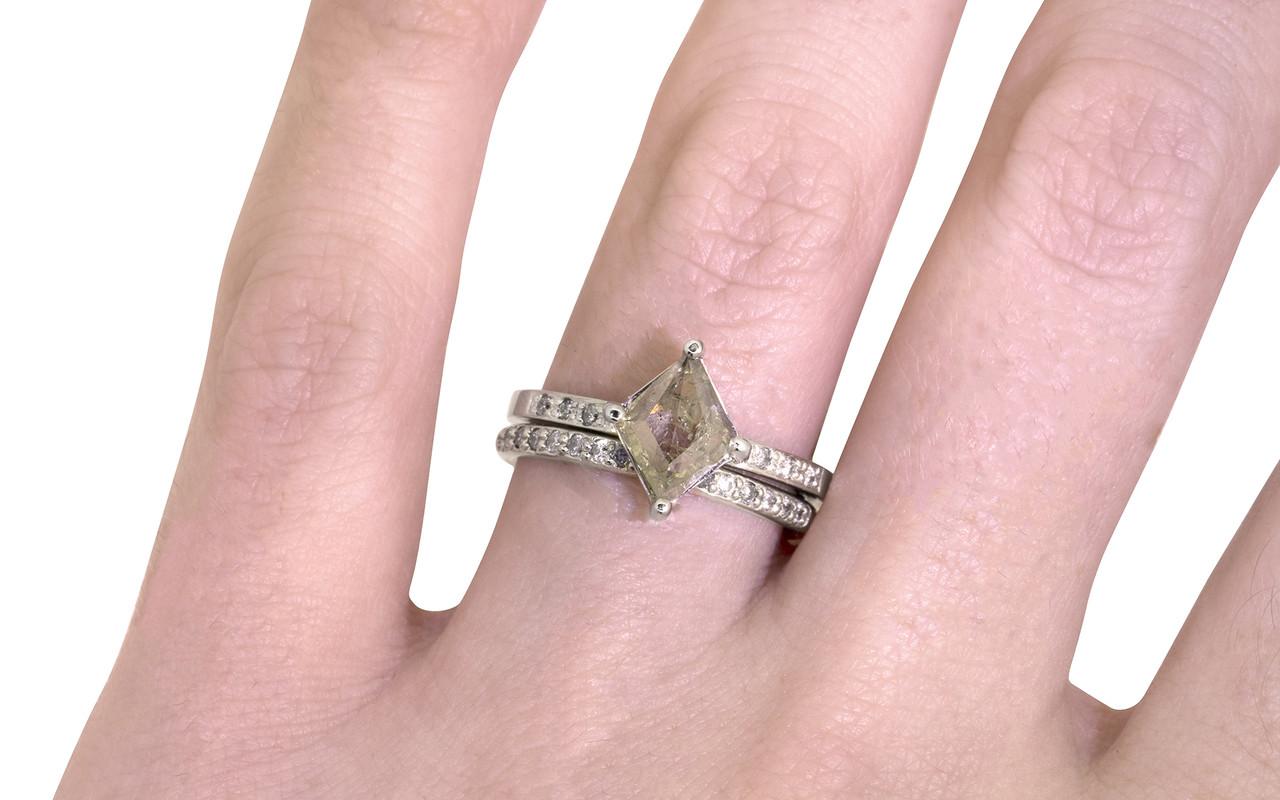 83 Carat Light Champagne Diamond Ring in White Gold - CHINCHAR•MALONEY