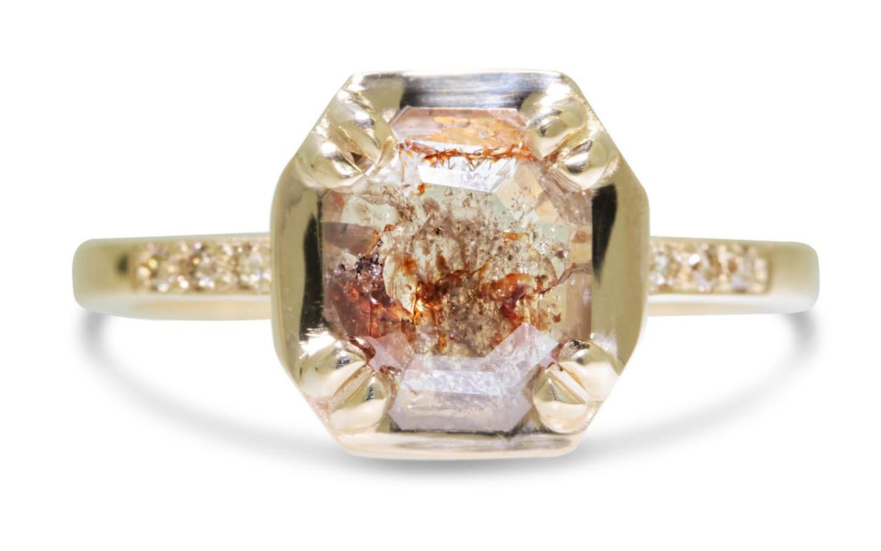 AIRA 1.06 carat hexagon rose cut rust diamond prong set in 14k yellow gold geometric octangular setting. Six 1.2mm brilliant champagne diamonds set in 14k yellow gold band. New Classic Collection.