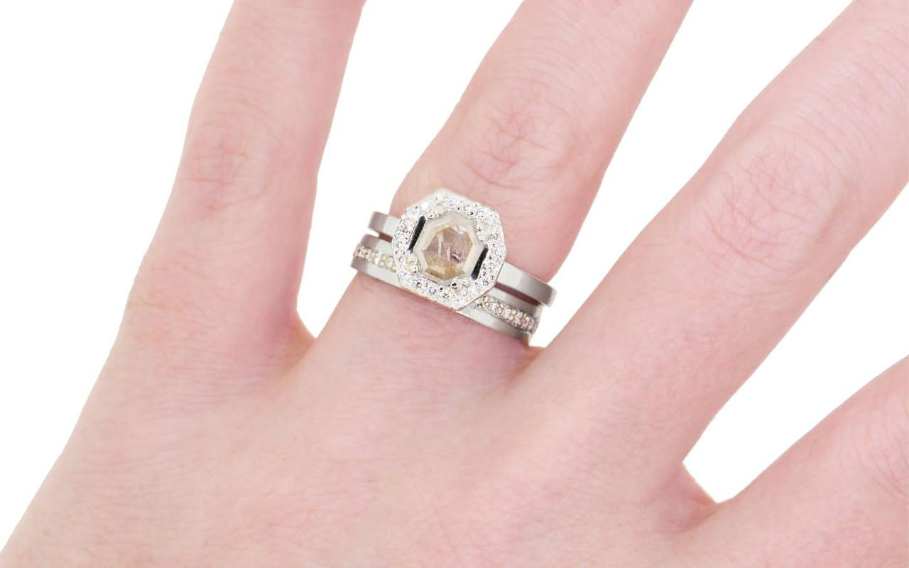 KATLA Ring in White Gold with .58 Carat Light Champagne