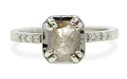 MAROA Ring in White Gold with .80 Carat Light Champagne Diamond