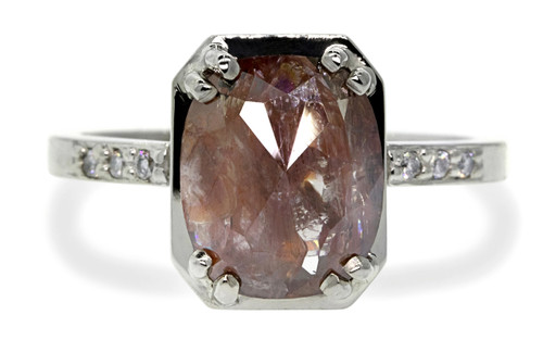 AIRA Ring in White Gold with 3.08 Carat Rich Cognac Diamond