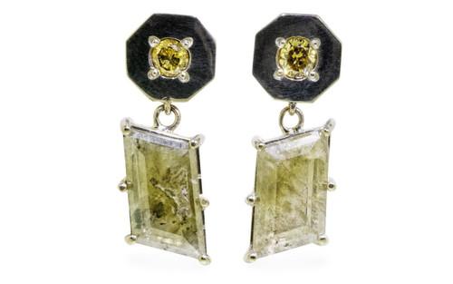 KRAKATOA Earrings in White Gold with 2.59 Carat Green Diamonds