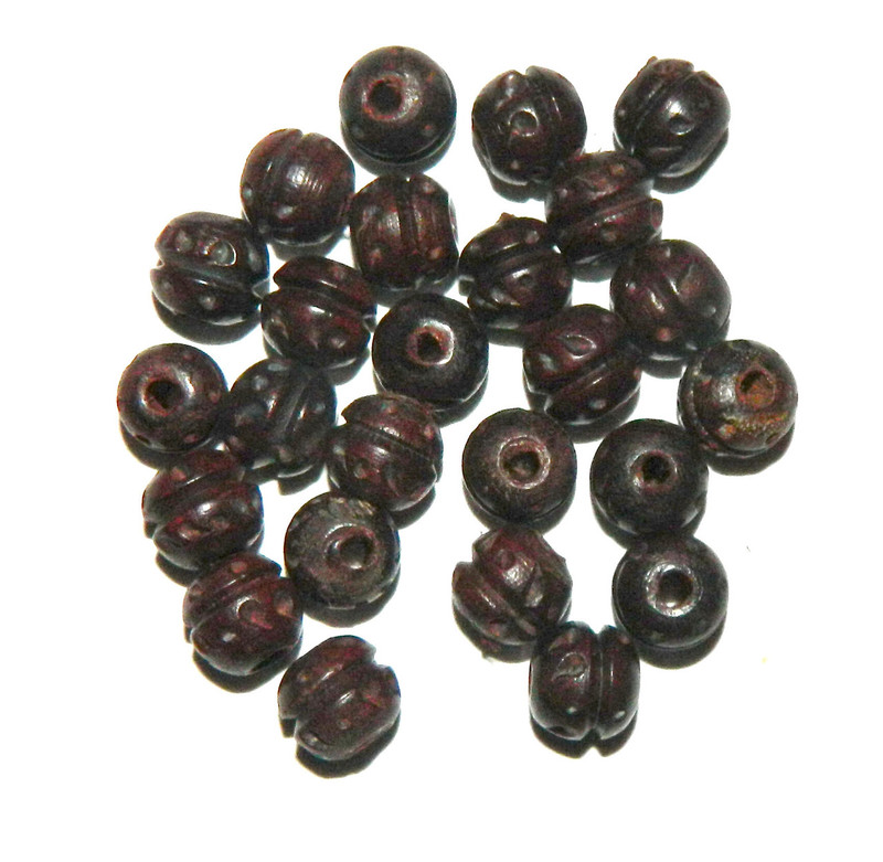 24 Hand Carved Wood Beads 2.5m Hole 10mm Round BA-BP-2613