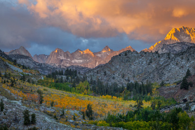 Dawn, Autumn, Lake Sabrina Skyline