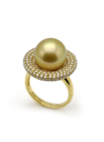 18k Golden South Sea Culture Pearl And Diamond Ring