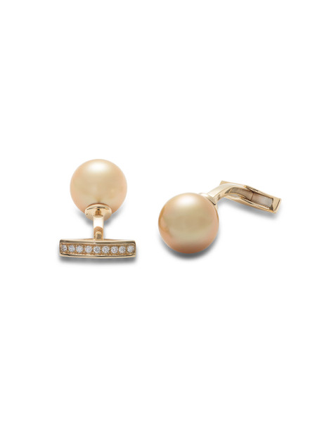 18KYG Golden South Sea Cultured Pearl And Diamond Cufflinks