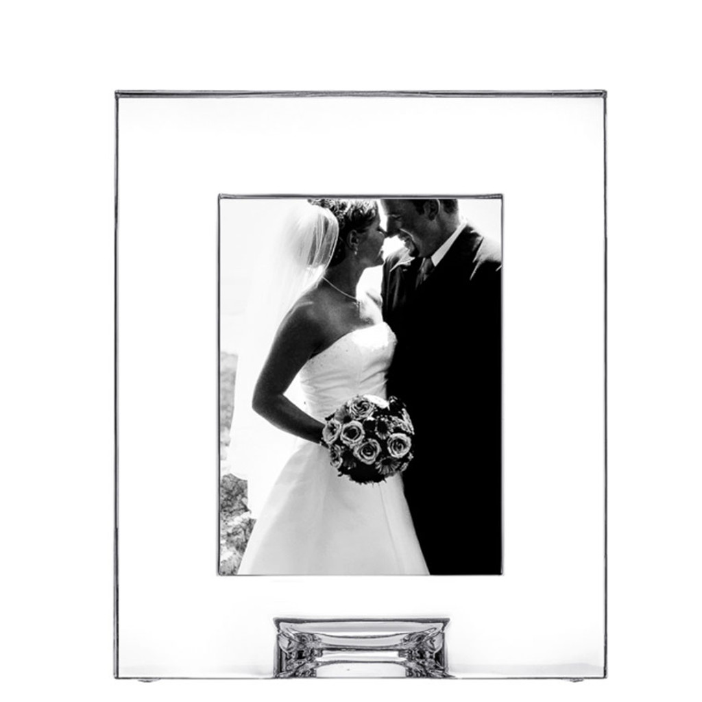 Frames Plaza Picture Frame 5 X 7 Inch by Orrefors Engravable - HomeBello