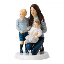 Royal Doulton Young Royals 6.1 Inch Ltd 1000 MPN: RO UPC: 701587324823