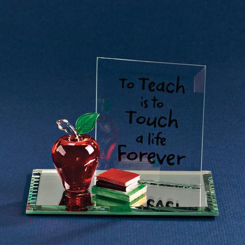 Apple To Teach Glass Figurine GP771