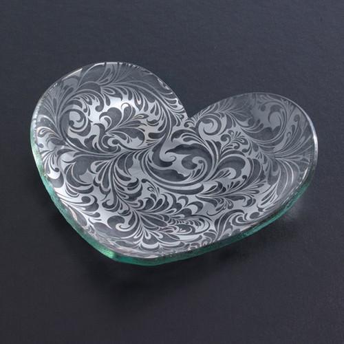Annieglass Hearts Plate Florentine 7 Inch - Platinum