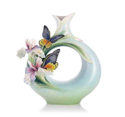 Franz Porcelain Vase Birdwing Butterfly Limited Edition FZ03277