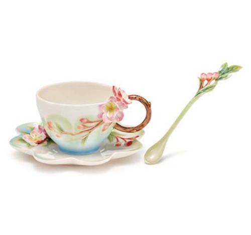Franz Porcelain Tea Cup Saucer Spoon Begonia FZ03640