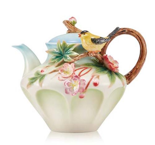 Franz Porcelain Teapot Begonia Yellow Oriole FZ03641