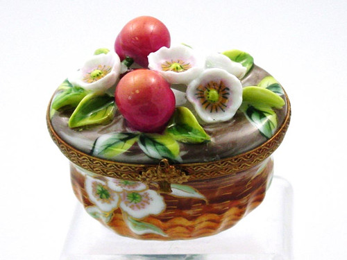Chamart Basket Peach Blossom Limoges Box AC05-002