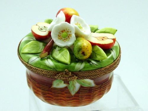 Chamart Basket Apple Pear Limoges Box AC05-005