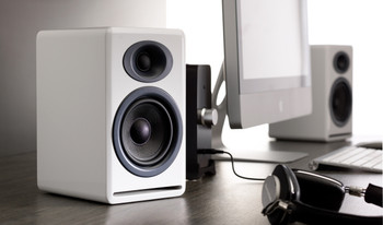 Audioengine P4 Passive Bookshelf Speakers - Glossy White (Pair)