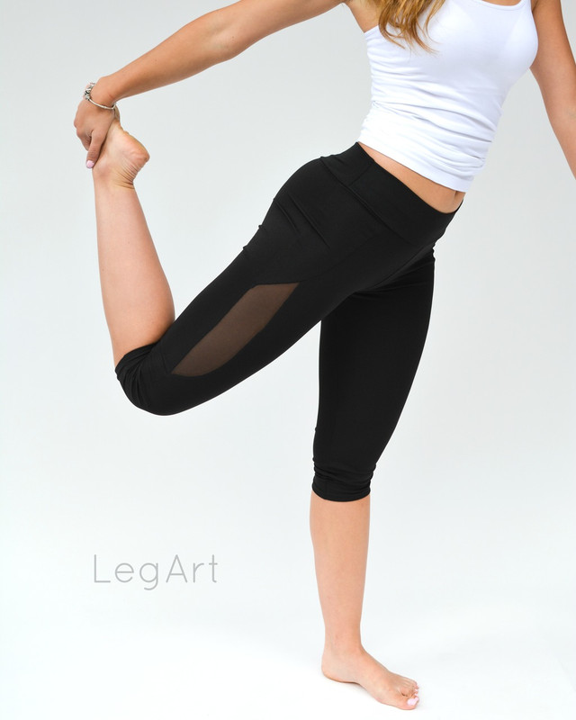 Slash Capri Leggings