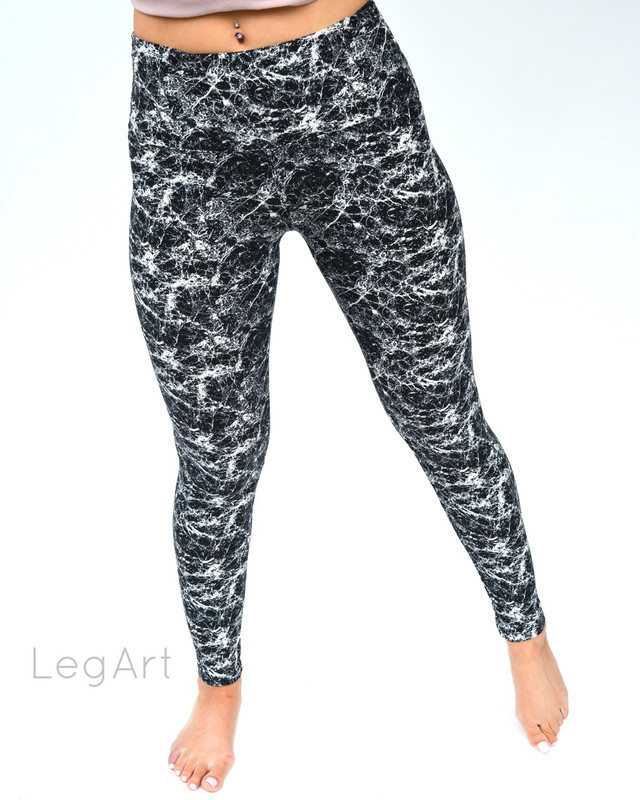 Marble Noir Yoga Leggings