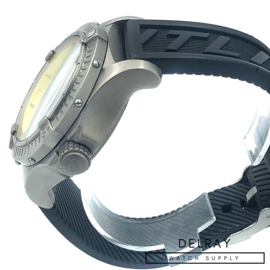 Breitling Avenger Seawolf Titanium