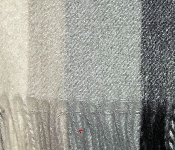 100% Cashmere Scarf in Grey Multistripe