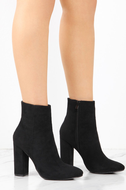 Shein Moment - Black Suede
