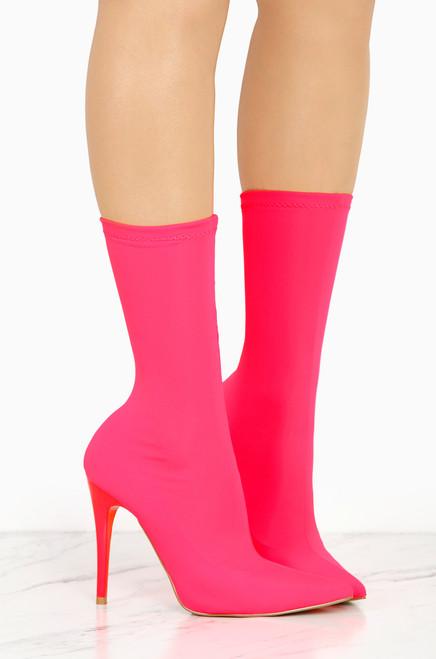 Power Trip - Pink