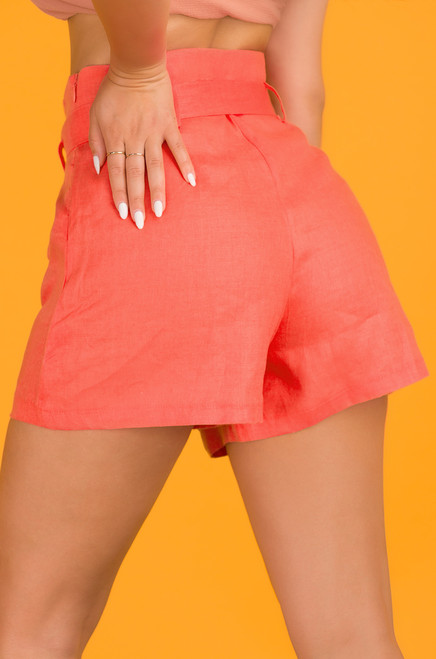 Run The World Shorts - Coral