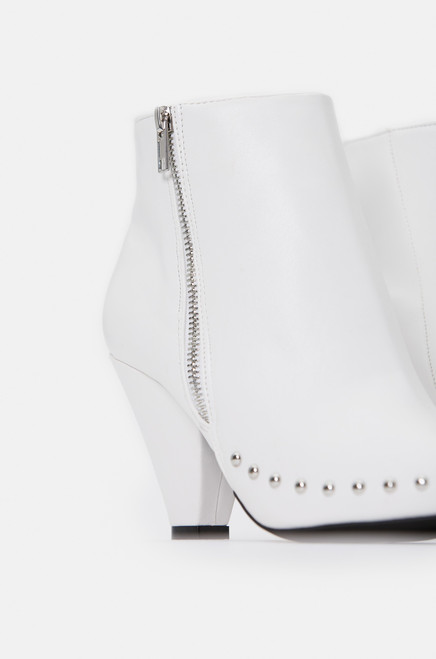 Hellion - White