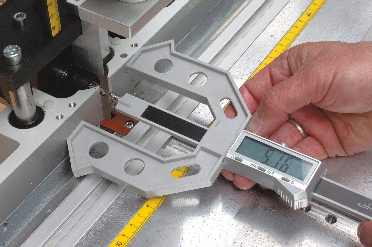 Hoffmann Digital Multi Gauge, adjusting router bit