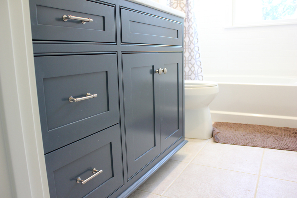 bff-bathroom-cabinet-hoffmann.jpg