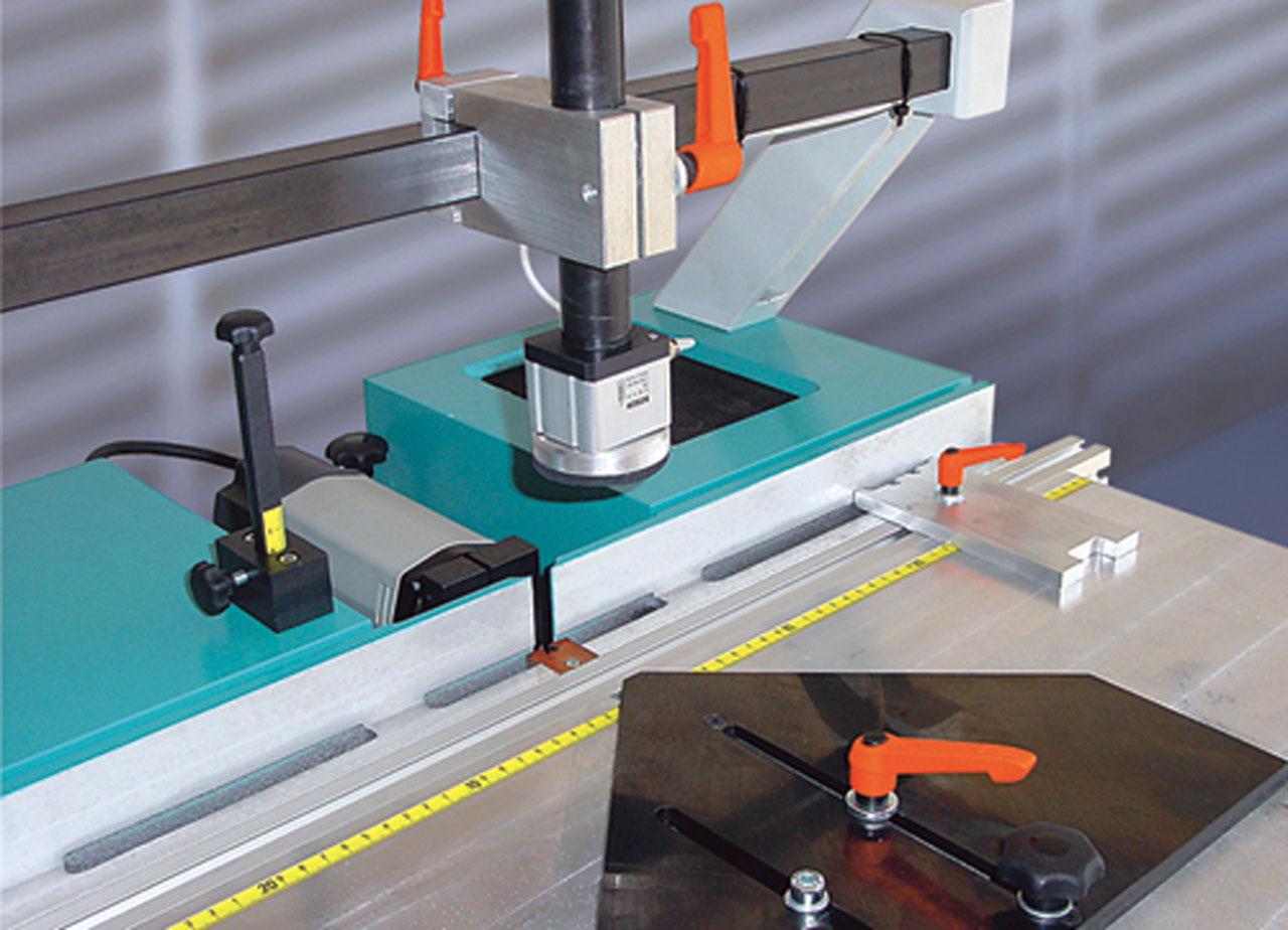 pu2-table-detail-hoffmann-dovetail-routing-machine-w1070000.jpg