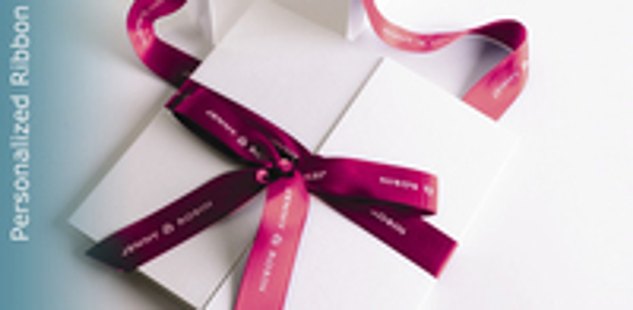 3 Reasons Corporate Love Logo Printed To Wrap Gifts