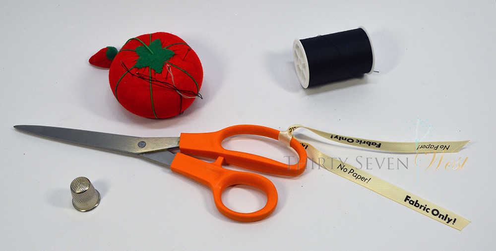 Fabric only ribbon for scissors