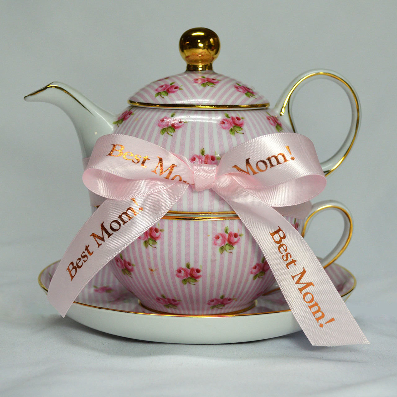 Check Out this teapot!  Shout Out who is the Best Mom with ribbon made just for her!