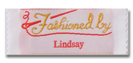 Fashioned by Pre-Designed Woven Fabric Clothing Labels