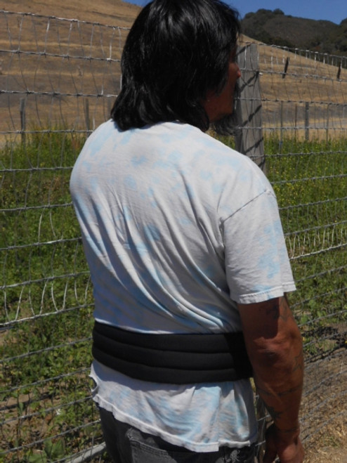 Polar Back Wrap fights heat stress, increases comfort, and works great under overalls and safety suits.