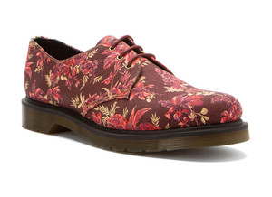Dr Martens Women's Lester Oxfords Cherry Red Floral