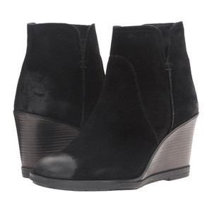 Kenneth Cole Reaction Women's Dot-Ation Bootie Black