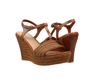 UGG Women's Fitchie Wedge Sandal Rust