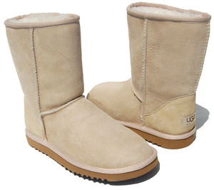 UGG Classic Short Sand ladies boots