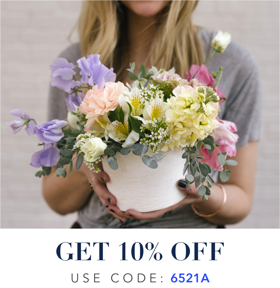 agie-s-floral-915-1-fruit-basket-fruits-fruta-gift-holiday-shop-wreaths-home-wreaths-coronas-para-casa-wreaths-el-paso-wreaths.png