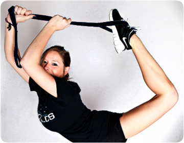 CHEERLEADING BENEFITS WITH THE STUNT STRAP