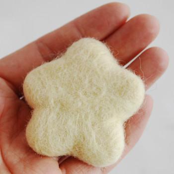 100% Wool Felt Flower - 5cm - Cream