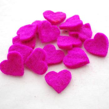 100% Wool Felt Heart Die Cut - 28mm - 10 Count - Garden Rose Pink