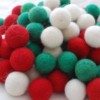 100% Wool Felt Balls - 100 Count - 2.5cm - Christmas Colours - 01