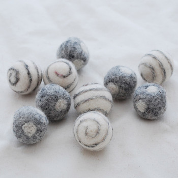 100% Wool Felt Balls - Polka Dots & Swirl Felt Balls - 2.5cm - 10 Count - Natural Light Grey