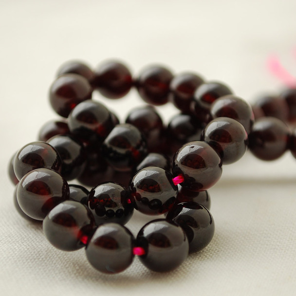 "High Quality Grade AA Natural Garnet Semi-Precious Gemstone Round Beads - 8mm - 15"" long"